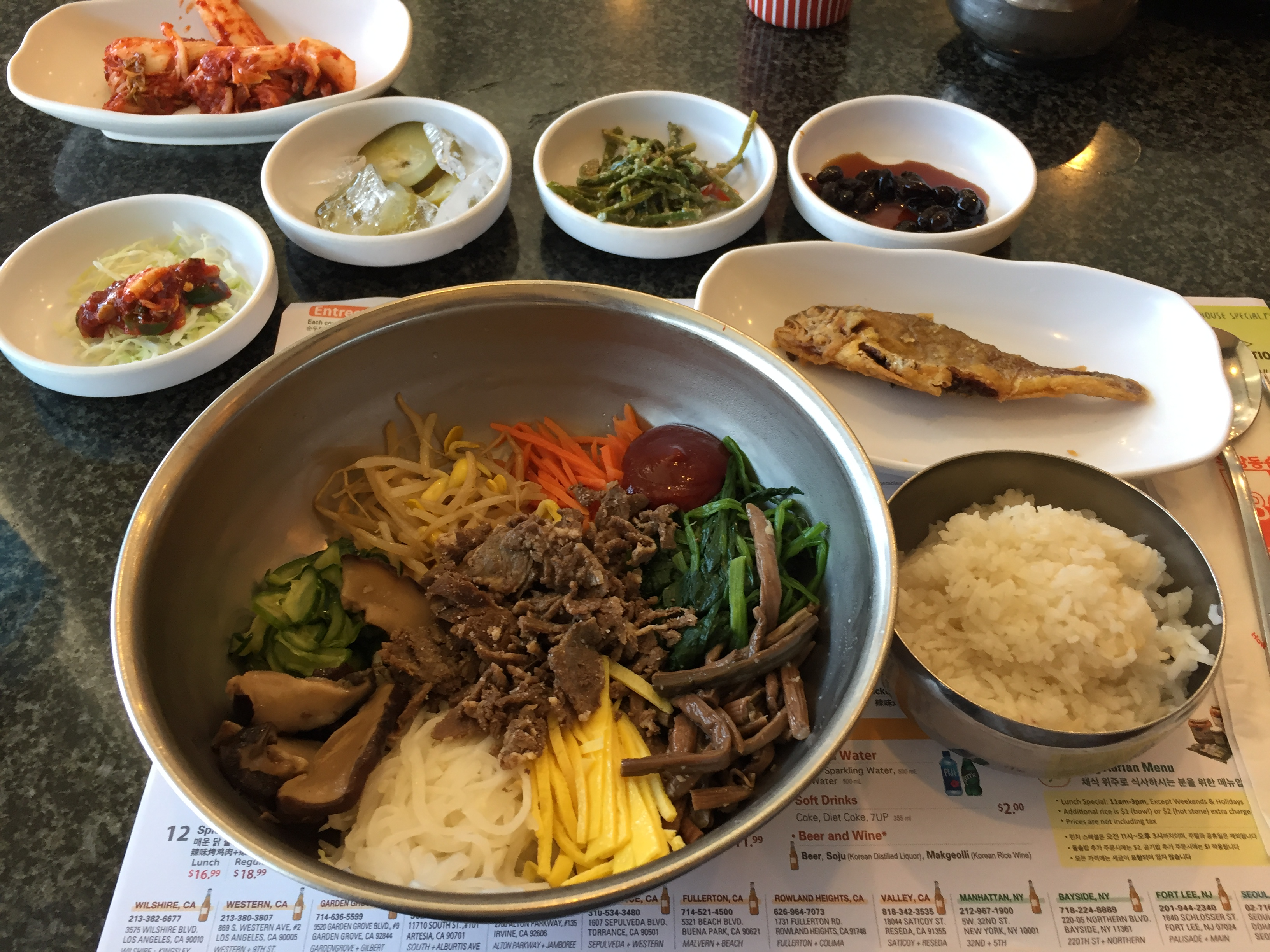24 Hours in L.A.\'s Koreatown - Korean Convenience